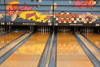 Pickwick Bowling Alley