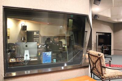 Hollywood LA Studios 453 Cahuenga Blvd West