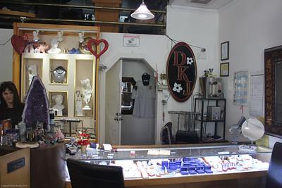 Studio City - Dana Kathryn Jewelry - 12636 Ventura Blvd