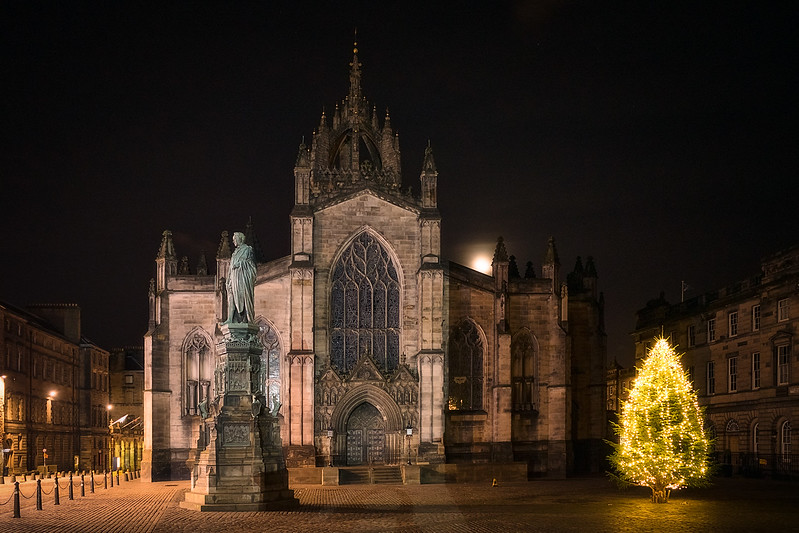St Giles at Night