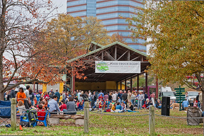 Durham_FoodTruckRodeo_WideView_11172013