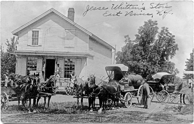 Jesse Whitten's Store, East Venice, NY. (Photo ID: 28017)