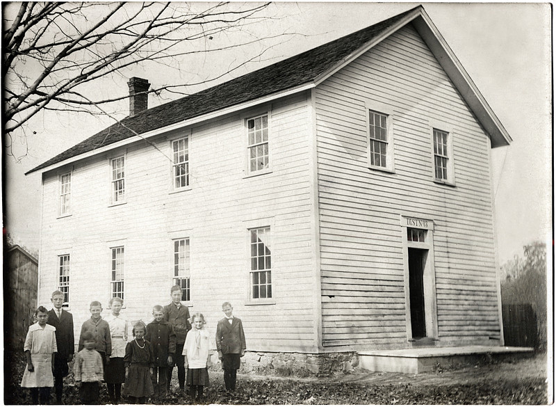 Forks of Creek school house and school children. (Photo ID: 29643)