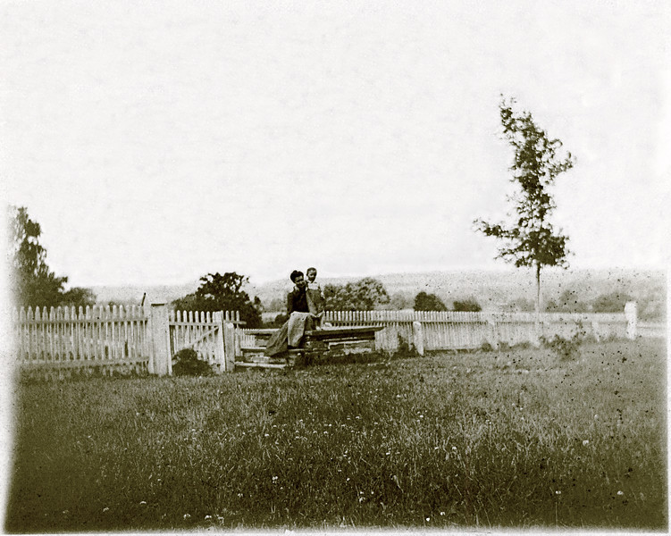Fences of O'Hara House on Indian Field Rd.  Edith (Mason) and Charles O'Hara. (Scan ID: 29927)