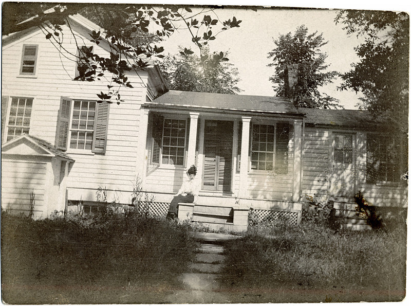 House on South Street, next to the drug store. King Ferry, NY. (Photo ID: 29023)