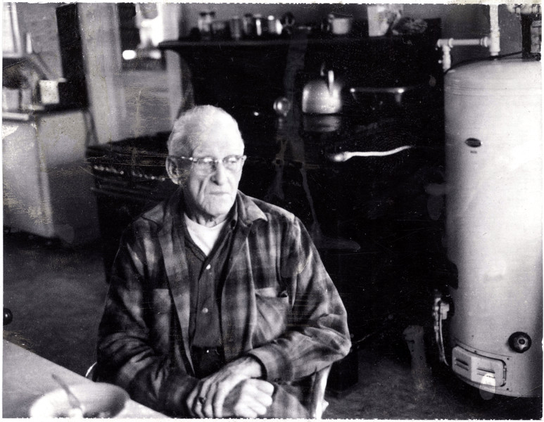 Lee Coon in the King Ferry Hotel kitchen. (Photo ID: 36070)