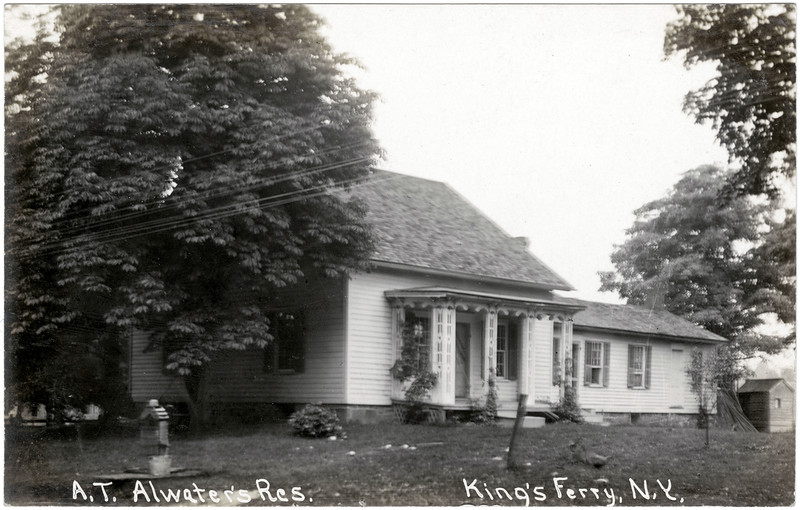 A. T. Atwater's residence, King's Ferry, NY. (Photo ID: 50473)