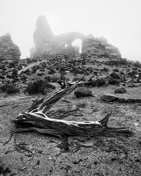 Turret Arch in the Fog