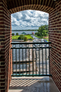 NewBern_SideView_ComfortSuites_842012