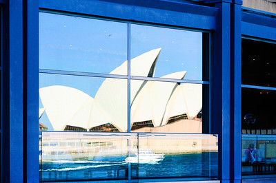 Oper house reflections from across circular quay.