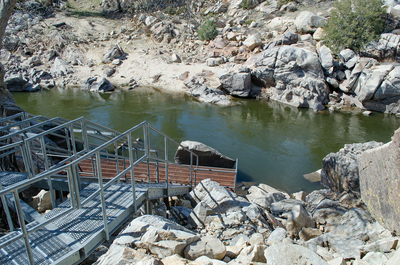 13 02-27 River steps 7715
