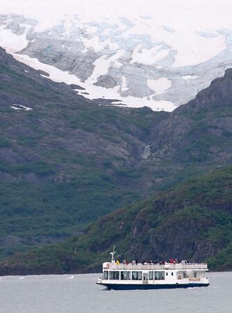 08-07-07_Portage Glacier_0016