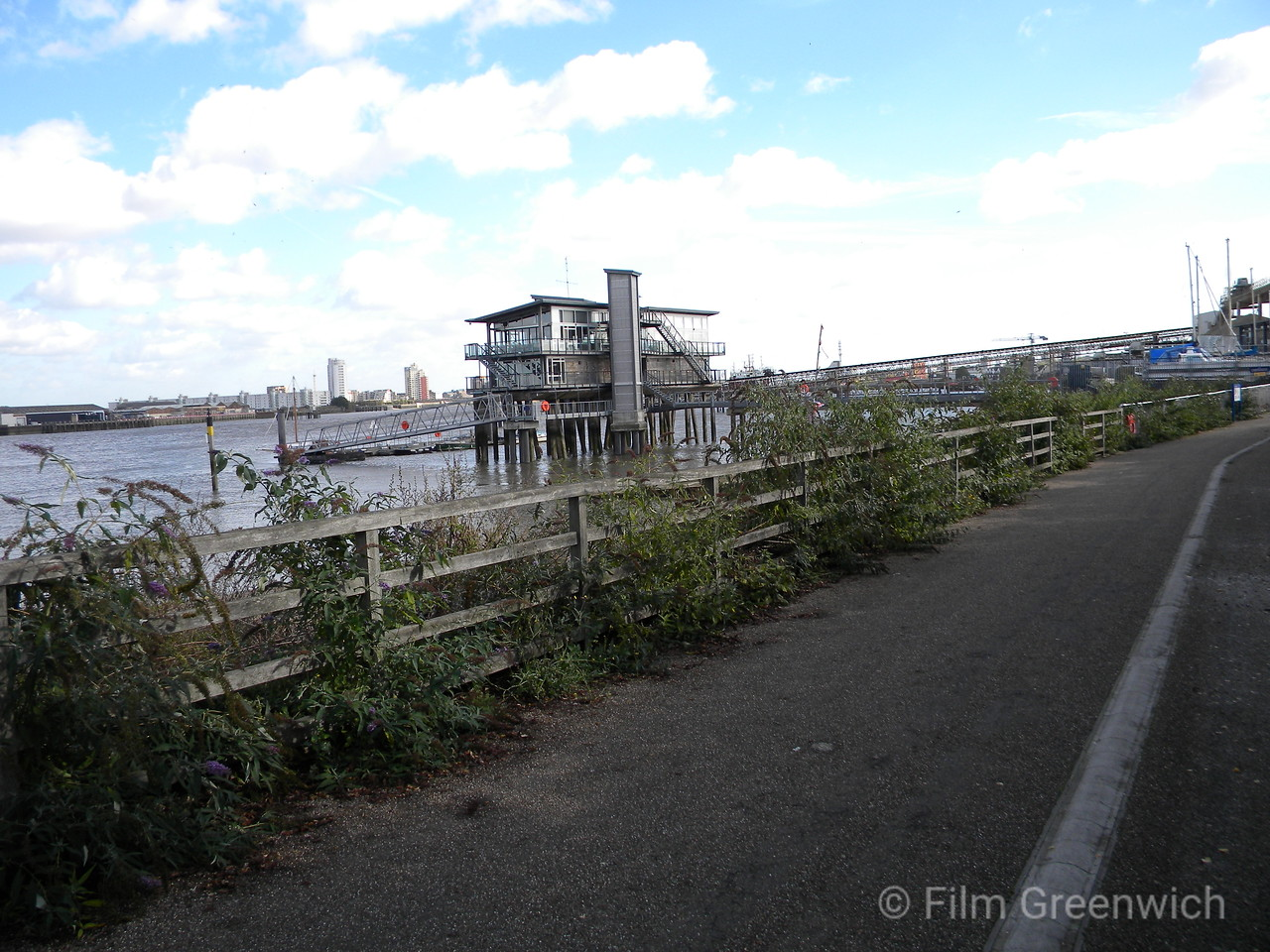 Views from Thames Path - Greenwich Peninsula (East) V