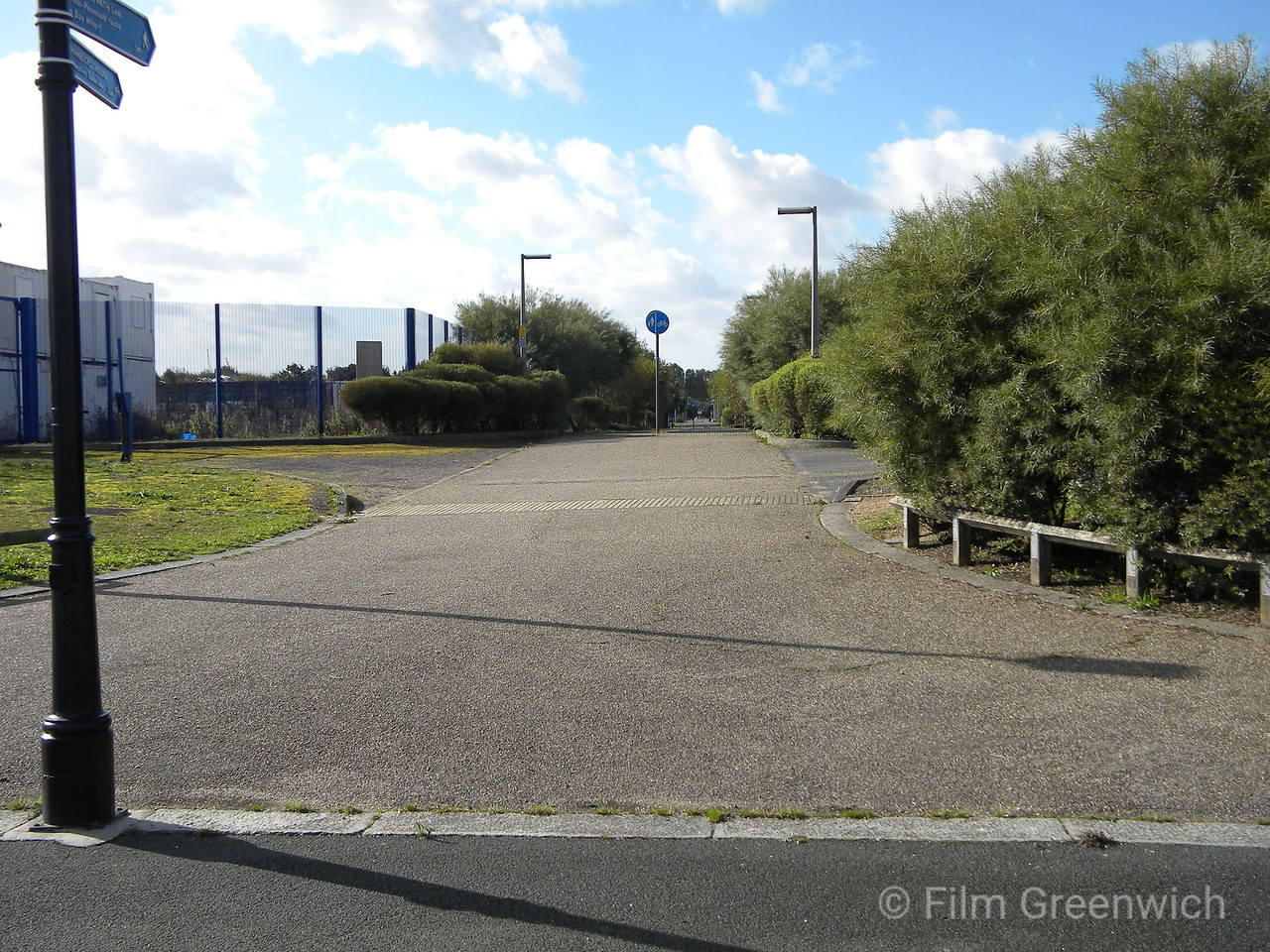 Thames Path - Greenwich Peninsula (East)