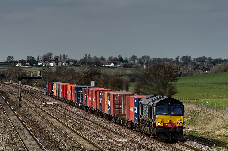 66420 at Manor Farm Bridge with the 11:00 Bristol FLT - Tilbury RCT, on 24th March 2014.