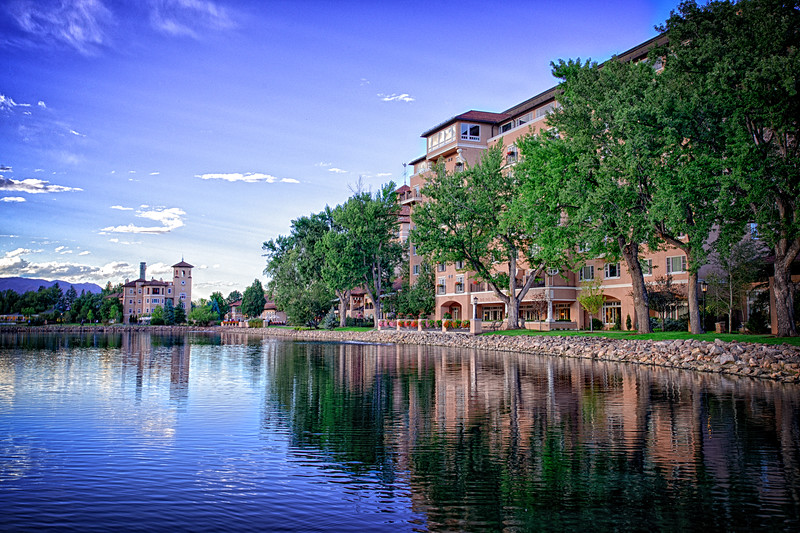 Colorado Springs BroadMoor view from lake