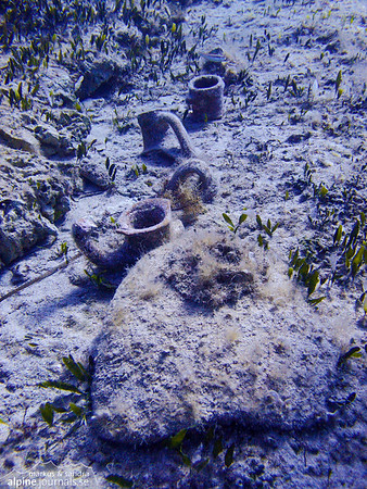 Scattered amphoras