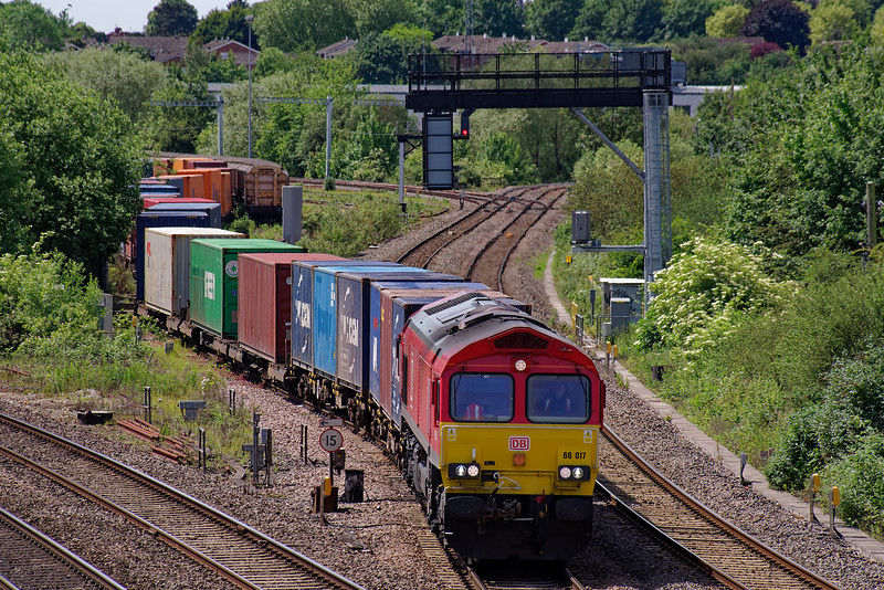66017 departing from Didcot Yard with 4M71, the 07:49 Southampton West Docks - Birch Coppice Exchange Siding, intermodal service. 1st June 2019. This service lays over in Didcot Yard.