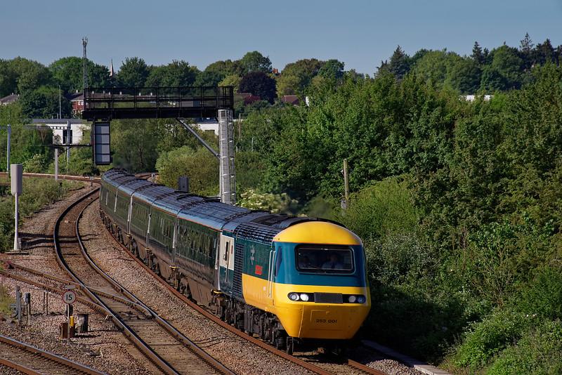 "43002 / 43198 heading north with 1Z23, the 07:37 Paddington - Carmarthen ""Flying Banana"" railtour. 1st June 2019."