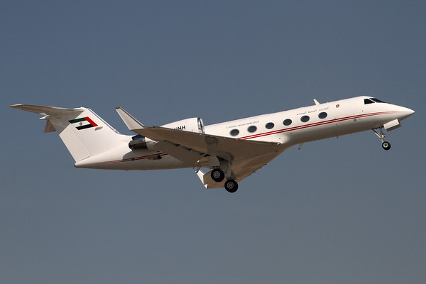 A6-HHH - Gulfstream Aerospace G.IV (c/n 1011)  United Arab Emirates Government jet climbing out of Dubai's runway 12R. 14 November 2011  Photo ID: 1200017