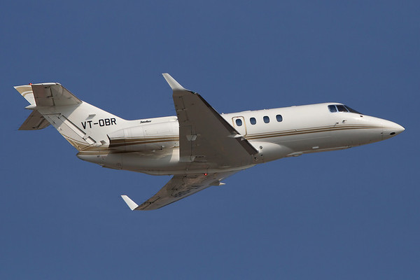 VT-OBR - Raytheon Hawker 850XP (c/n 258838)  Indian Hawker climbing away from Dubai in perfect blue skies. 14 November 2011
