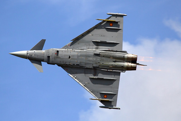 """Reg: C.16-28 Code: 11-08 Operator: Spain - Ejército del Aire Type:  Eurofighter C-16 Typhoon C/n: SS008   Spanish """"Tifon"""" from Ala 11/113 Escuadron at Sevilla-Moron, performing a high speed pass with full afterburners at the Royal International Air Tattoo     Photo Date: 14 July 2007 Photo ID: 1200400"""