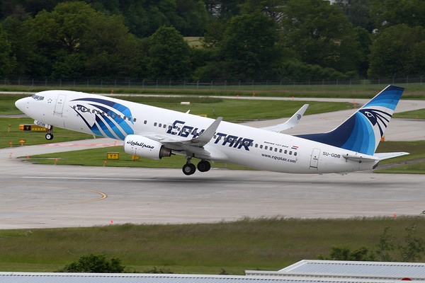 Reg: SU-GDB Operator: Egyptair Type:  Boeing 737-866/W C/n: 35567 / 3017 Location:  Geneva - Cointrin (GVA / LSGG) - Switzerland        Photo Date: 21 May 2013 Photo ID: 1300695