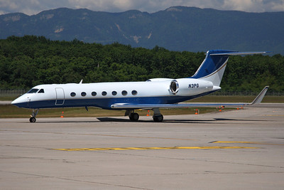 Reg: N3PG Type:  Gulfstream Aerospace G.550		   C/n: 5091 Location:  Geneva - Cointrin (GVA / LSGG) - Switzerland        Photo Date: 18 May 2011 Photo ID: 1300663