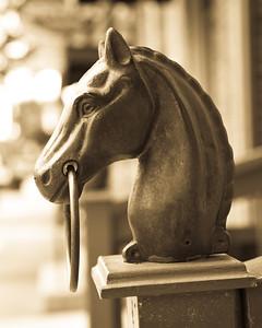 Horse Head Post