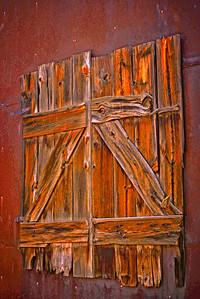 Miner's barn doors