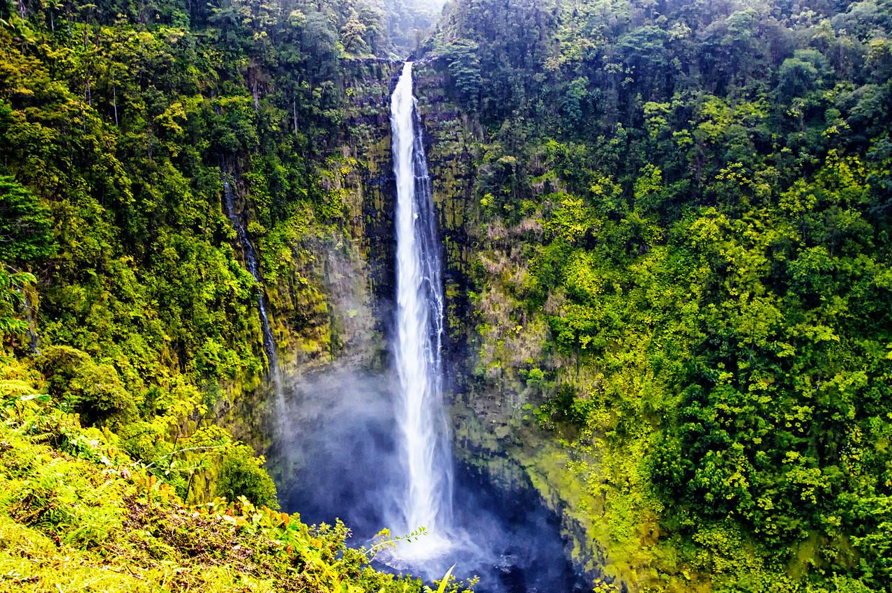 Akaka Falls Big Is