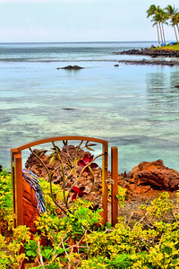 Metal sculptured gate along the Hilton Waikoloa Village chapel pathway