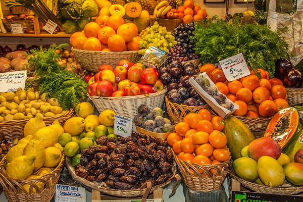 Vanha Kauppahalli Indoor Farmers Market