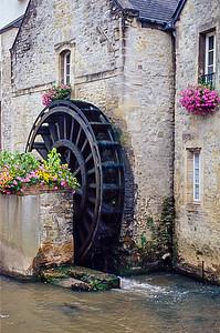 Waterwheel on L'Aure in Bayeu