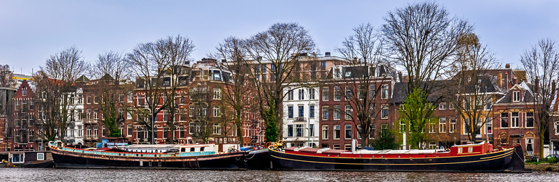 Homes and Houseboats on the Amstel