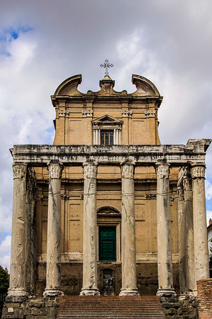 Temple of Antoninus and Faustina Pius