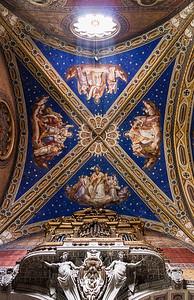 St Maria sopra Minerva Organ pipes