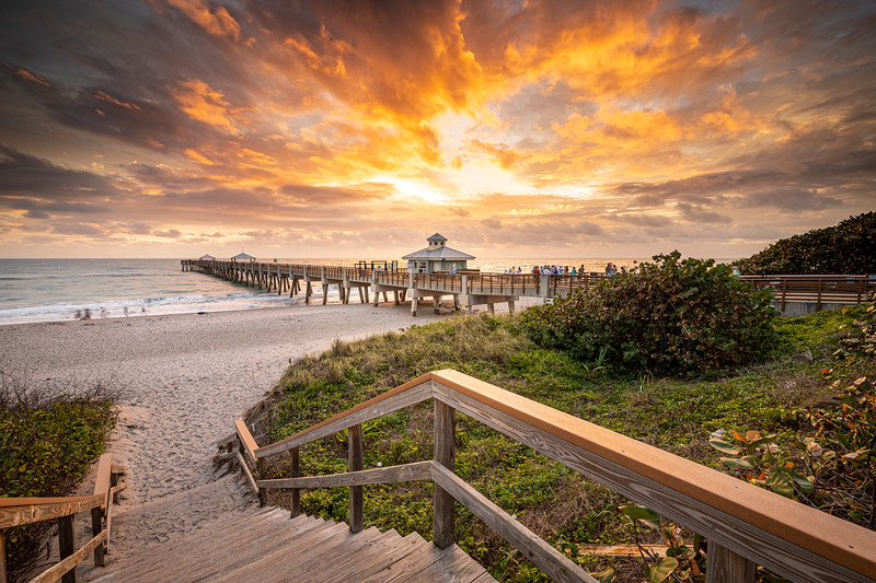 Juno Beach Pier