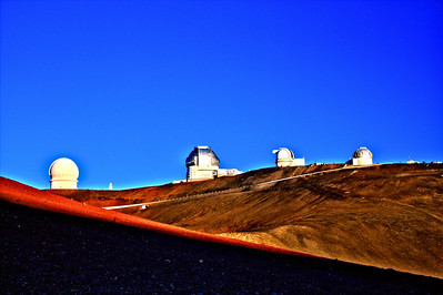 Keck Observatory on Hawaii's Big Island atop Mauna Kea - taken just before sunset and a temperature of only 43 degrees!