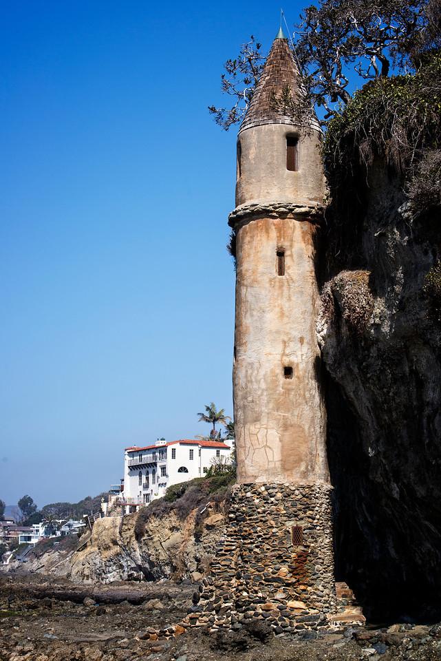 Laguna Tower2