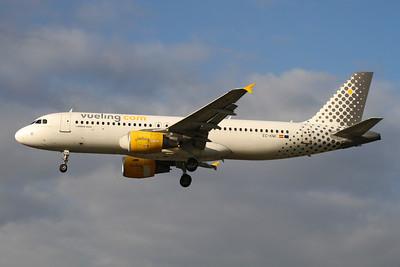 Reg: EC-KMI Operator: Vueling Type:  Airbus A.320-216 C/n: 3400 Location:  London - Heathrow (LHR / EGLL) - UK        Photo Date: 14 March 2013 Photo ID: 1300722