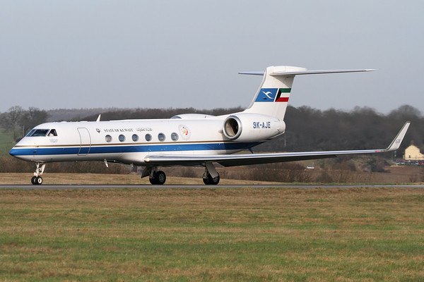 Reg: 9K-AJE Type:  Gulfstream Aerospace G.V C/n: 569   The Government of Kuwait operate a number of Gulfstream Jets on VIP transport duties, with one seen here departing London-Luton in late winter sunshine.     Photo Date: 24 February 2011 Photo ID: 1200477
