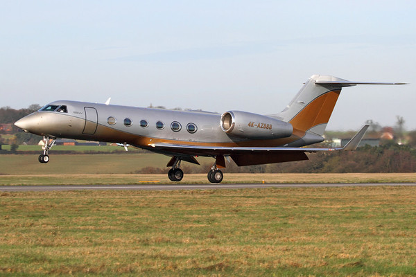 Reg: 4K-AZ888 Type:  Gulfstream Aerospace G.450 C/n: 4045    Another SW Business Aviation  Gulfstream at Luton, arriving in winter light that suitably highlights this jet's golden colourlescheme     Photo Date: 24 February 2011 Photo ID: 1200455