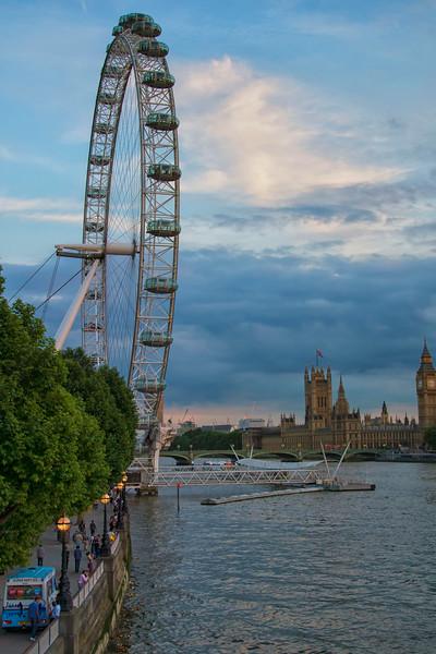 #LondonEyeVertical