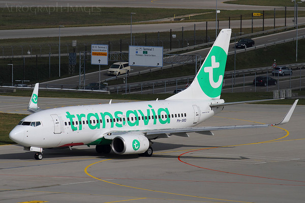 Reg:  PH-XRDOperator:  TransaviaType:  Being 737-7k2/W  C/n:  30659 / 1329Location:  Munich (Franz Josef Strauss) (MUC / EDDM), GermanyTransavia operate a base in Munich, and here a 737-700s in their latest colours taxies for departure from runway 08L Photo Date:  10 October 2016Photo ID:  ..