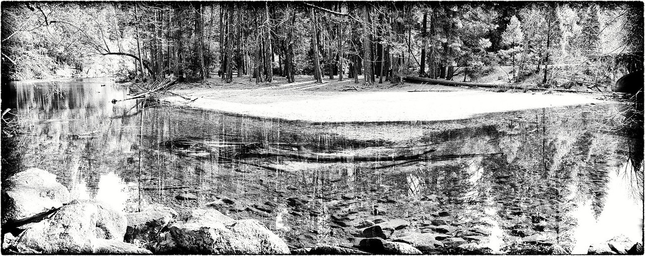 Riverbed reflection B & W Pano