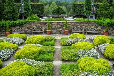 #017-Quilt Garden