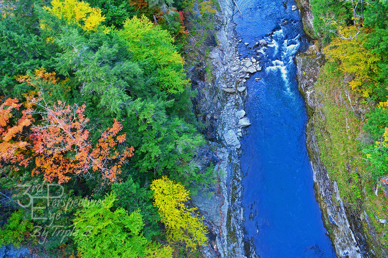 Fall at Quechee Gorge - Vermont, USA