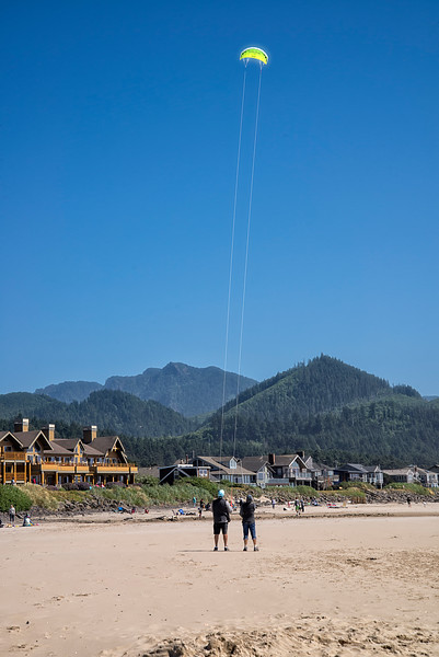 Fly a Kite - Cannon Beach