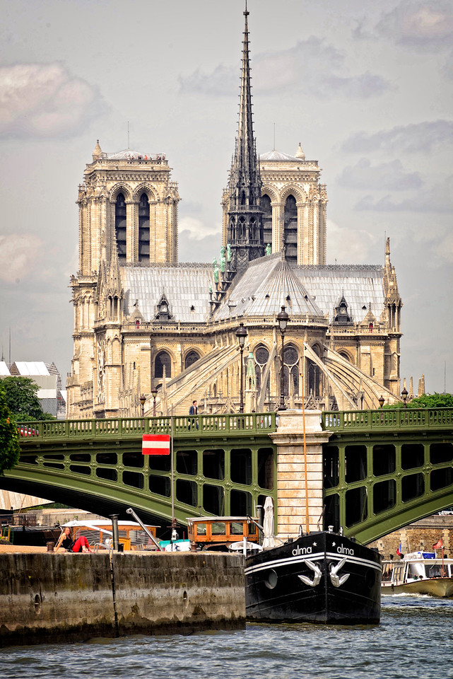 Riverside view of Notre Dame
